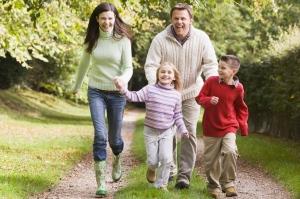 Family-Exercising[2]